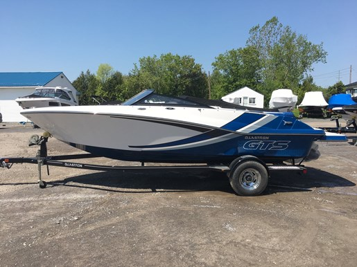 2018 Glastron GTS 205 Mercruiser 250HP Trailer Ext Platform Photo 3 of 12