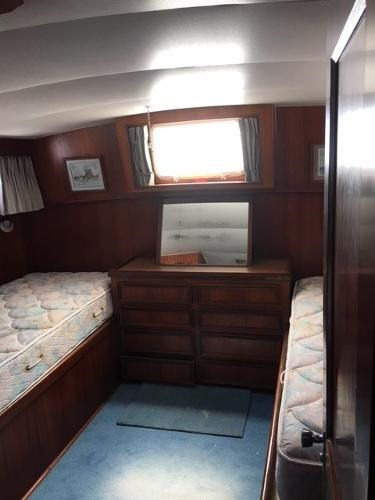 1976 Hatteras 42LRC Photo 8 of 9