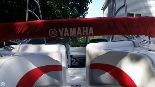 2005 Yamaha Photo 12 of 20