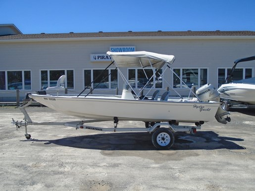 For Sale: 2000 Hydro Yacht 176 Side Console 17ft<br/>Pirate Cove Marina