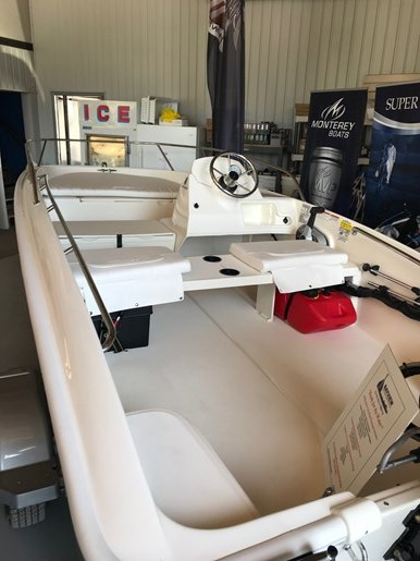 2018 Boston Whaler 150 Super Sport Photo 2 sur 4