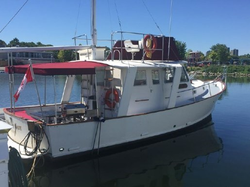 1981 GREAT LAKES 33 TRAWLER for sale