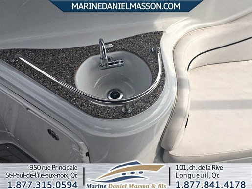 2017 Crownline 264 CR Photo 9 of 16