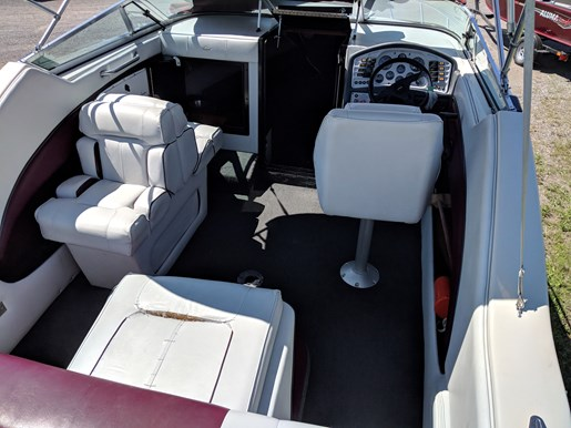 1992 Crownline 210 CCR Photo 23 of 26