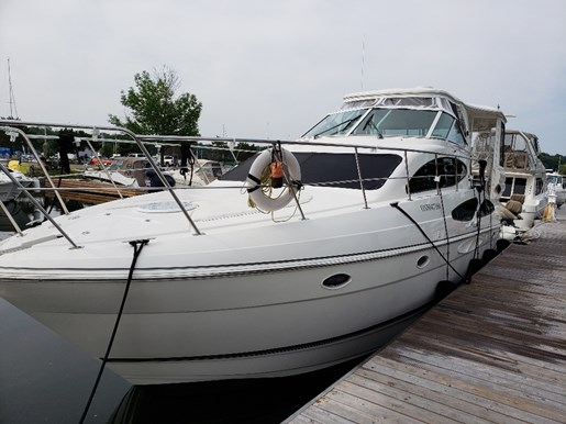 2005 Cruisers Yachts 405 Express MY for sale