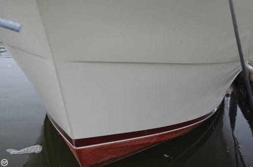 1983 Viking Yachts 35 Convertible Photo 13 of 20
