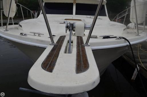1983 Viking Yachts 35 Convertible Photo 14 of 20