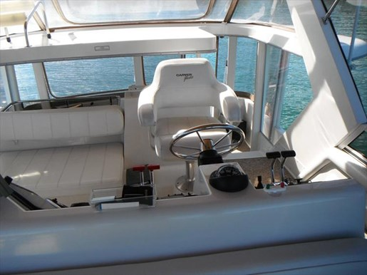 1997 Carver 445 Aft Cabin Motor Yacht Photo 17 of 67
