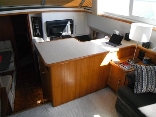 1997 Carver 445 Aft Cabin Motor Yacht Photo 30 of 67