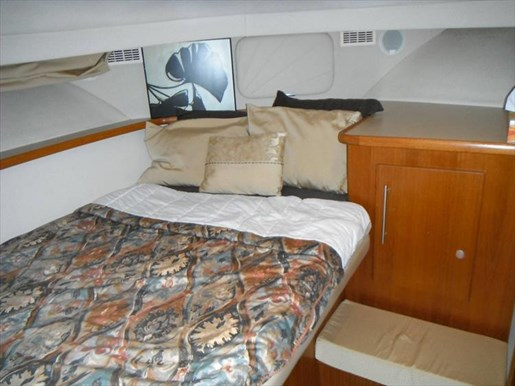 1997 Carver 445 Aft Cabin Motor Yacht Photo 47 of 67
