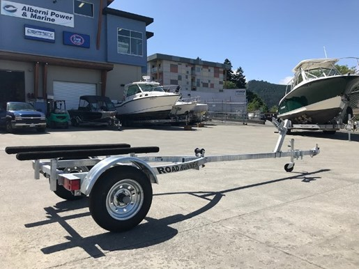 2018 Crestliner Package: 1668 Outreach Boat + 20HP + Trailer Photo 9 of 16