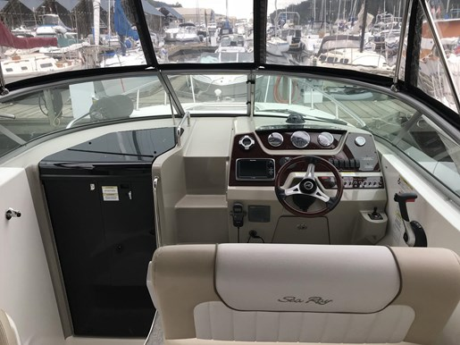 2013 Sea Ray 280 Sundancer Photo 11 of 24