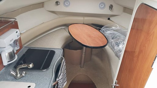 2006 Larson boat for sale, model of the boat is 240 Cabrio MC & Image # 7 of 11