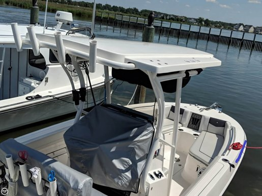 2017 Scarab 222 Fisherman Offshore Photo 17 of 20