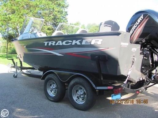 2016 Tracker Targo V-18 Combo Photo 2 of 20