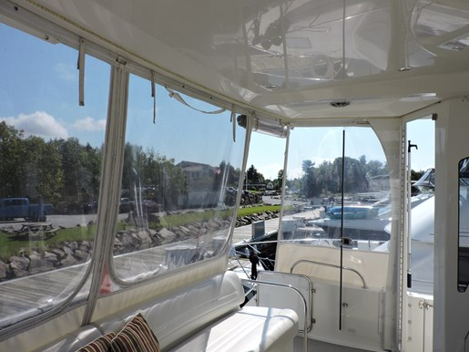 2007 Carver 43 Motor Yacht Photo 21 of 73