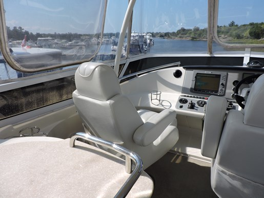2007 Carver 43 Motor Yacht Photo 27 of 73