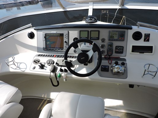 2007 Carver 43 Motor Yacht Photo 29 of 73