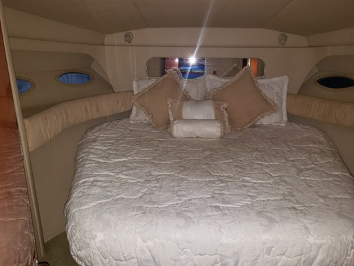 2001 Sea Ray boat for sale, model of the boat is 380 Aft F/B & Image # 12 of 18