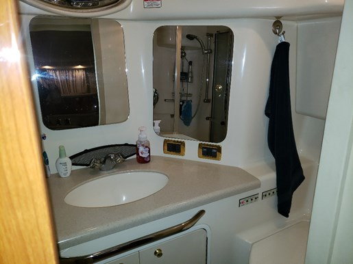 2001 Sea Ray boat for sale, model of the boat is 380 Aft F/B & Image # 17 of 18