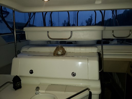 2001 Sea Ray boat for sale, model of the boat is 380 Aft F/B & Image # 6 of 18