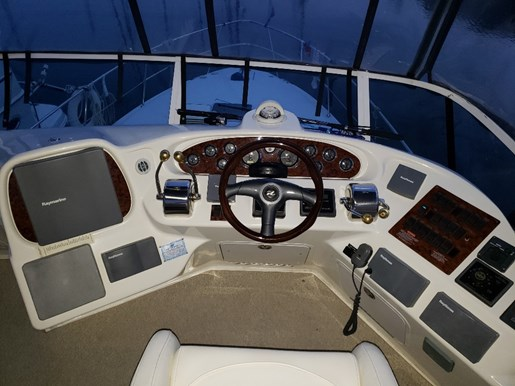 2001 Sea Ray boat for sale, model of the boat is 380 Aft F/B & Image # 4 of 18