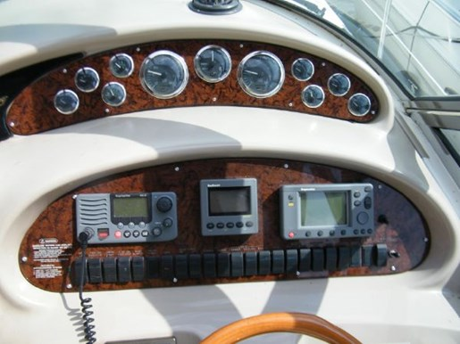 1999 Sea Ray boat for sale, model of the boat is 380 Sundancer & Image # 5 of 18