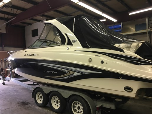 2009 Rinker 296 Captiva Photo 1 of 14