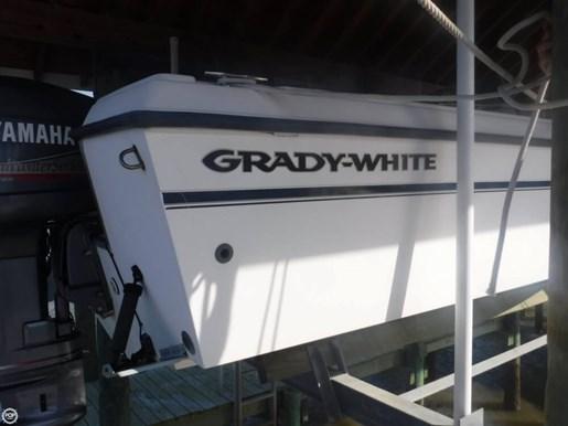 1999 Grady-White Tournament 223 Photo 13 of 20