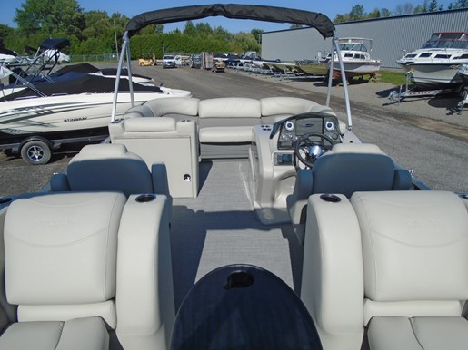 2019 Sylvan boat for sale, model of the boat is 8522 Mirage LZ For Sale - SYLP090 & Image # 2 of 6