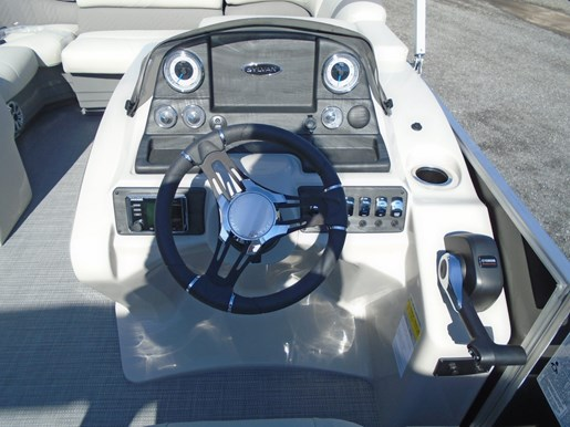 2019 Sylvan boat for sale, model of the boat is 8522 Mirage LZ For Sale - SYLP090 & Image # 3 of 6