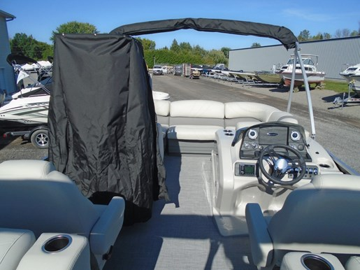 2019 Sylvan boat for sale, model of the boat is 8522 Mirage LZ For Sale - SYLP090 & Image # 4 of 6