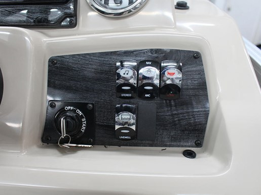 2018 Tahoe Pontoons LT Cruise Rear Bench 22' Photo 13 of 15