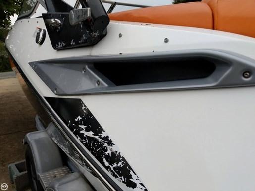 2011 Sea-Doo Challenger 210SP Photo 5 of 20