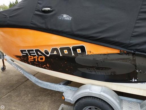 2011 Sea-Doo Challenger 210SP Photo 18 of 20
