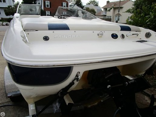 2012 Stingray 195 LX Photo 15 of 20