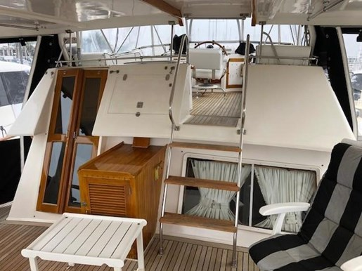 1984 Spindrift 48 Aft Cabin MY Photo 10 of 36