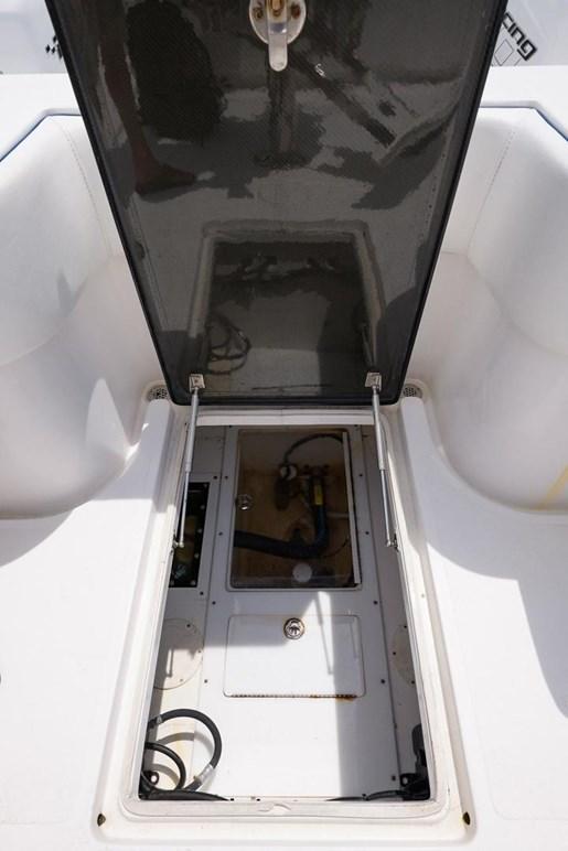 2016 Sea Hunter 45 center console Photo 27 of 44