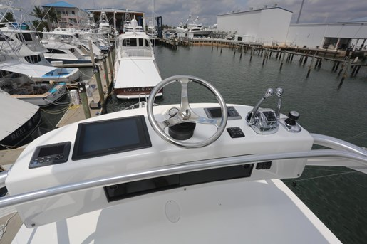 2014 Viking Yachts 42' Open Photo 26 of 32