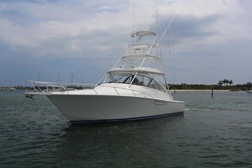 2014 Viking Yachts 42' Open Photo 30 of 32
