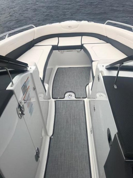 2016 Chaparral 277 SSX Photo 7 of 18
