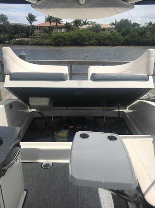 2016 Chaparral 277 SSX Photo 13 of 18