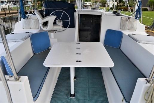 1999 Endeavour Catamaran 36 Photo 11 of 58