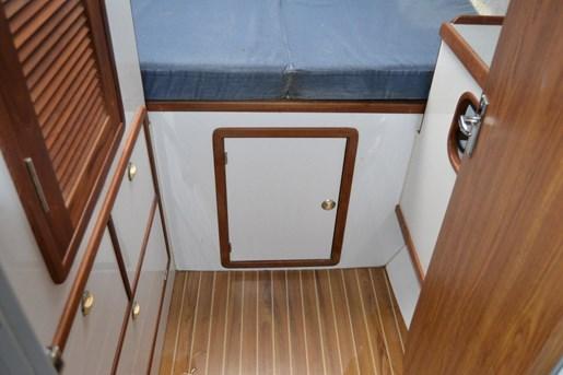 1999 Endeavour Catamaran 36 Photo 26 of 58