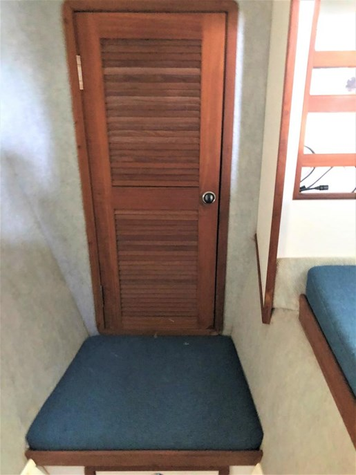 1999 Endeavour Catamaran 36 Photo 36 of 58