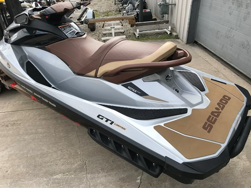 2018 Sea-Doo GTI Limited 155 Photo 3 of 7