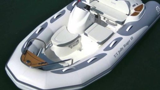 Avon Seasport 400 Deluxe
