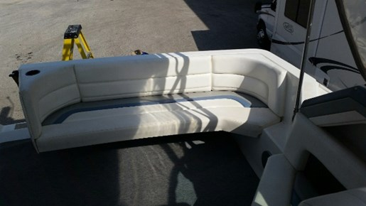 1991 Cruisers Yachts 3675 ESPRIT Photo 6 of 24