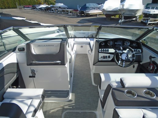 2019 Bryant boat for sale, model of the boat is Calandra For Sale - BRY135 & Image # 4 of 11