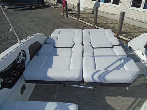 2019 Bryant boat for sale, model of the boat is Calandra For Sale - BRY135 & Image # 9 of 11